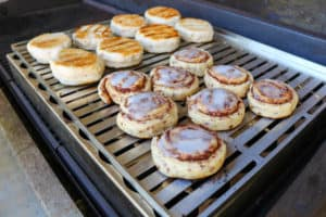 TEC Grills Infrared Grill Tray - Biscuits and Cinnamon Rolls